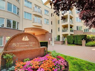 Photo 1: 518 50 Songhees Rd in : VW Songhees Condo for sale (Victoria West)  : MLS®# 885123