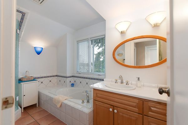 Photo 19: Photos: 4073 W 19TH Avenue in Vancouver: Dunbar House for sale (Vancouver West)  : MLS®# V995201