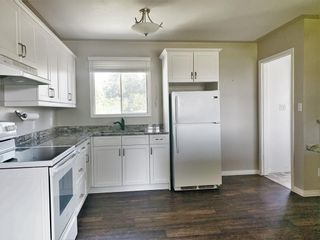 Photo 4: 132 Bossons Avenue in Dauphin: Northeast Residential for sale (R30 - Dauphin and Area)  : MLS®# 202121283