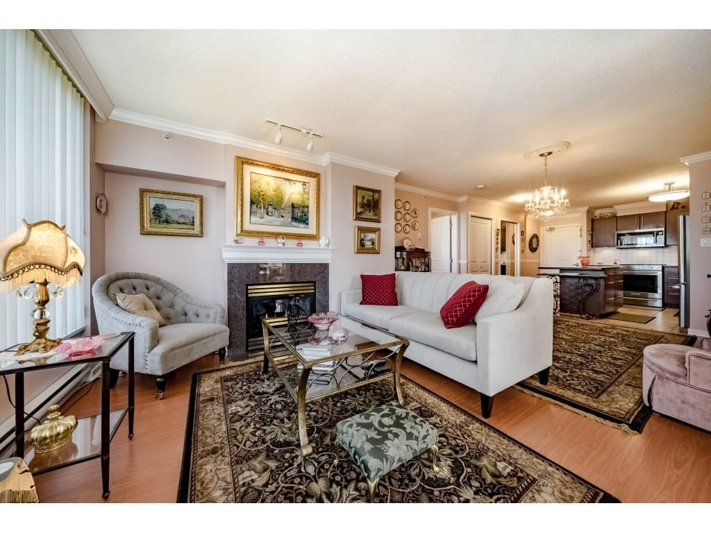 """Main Photo: 1203 2138 MADISON Avenue in Burnaby: Brentwood Park Condo for sale in """"MOSAIC RENAISSANCE"""" (Burnaby North)  : MLS®# R2377679"""