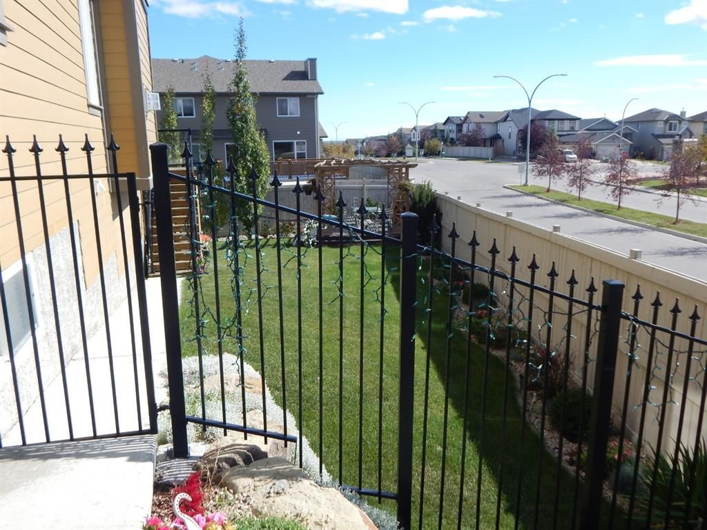 Photo 4: Photos: 215 Panatella View in Calgary: Panorama Hills Detached for sale : MLS®# A1046159