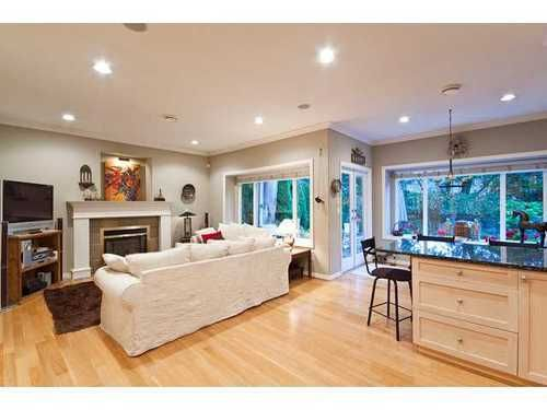 Main Photo: 959 CLEMENTS Ave in North Vancouver: Home for sale : MLS®# V911167