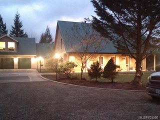 Photo 1: 5491 LANGLOIS ROAD in COURTENAY: CV Courtenay North House for sale (Comox Valley)  : MLS®# 703090