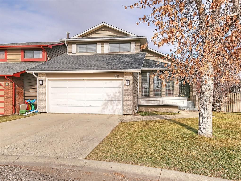 Main Photo: 99 BERNARD Court NW in Calgary: Beddington Heights Detached for sale : MLS®# C4215187