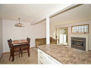 Photo 4: 134 EVERSTONE Place SW in CALGARY: Evergreen Townhouse for sale (Calgary)  : MLS®# C3636844