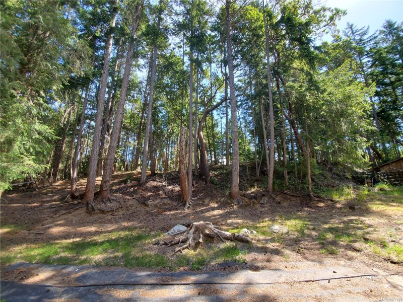 FEATURED LISTING: LT 49 Harrison Way