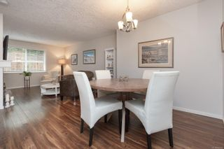 Photo 3: 104 1014 Rockland Ave in Victoria: Vi Rockland Condo for sale : MLS®# 869806