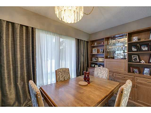"""Photo 5: Photos: 11977 189B Street in Pitt Meadows: Central Meadows House for sale in """"HIGHGATE"""" : MLS®# V1038293"""
