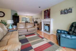 Photo 3: 20165 HAMPTON Street in Maple Ridge: Southwest Maple Ridge House for sale : MLS®# R2215001
