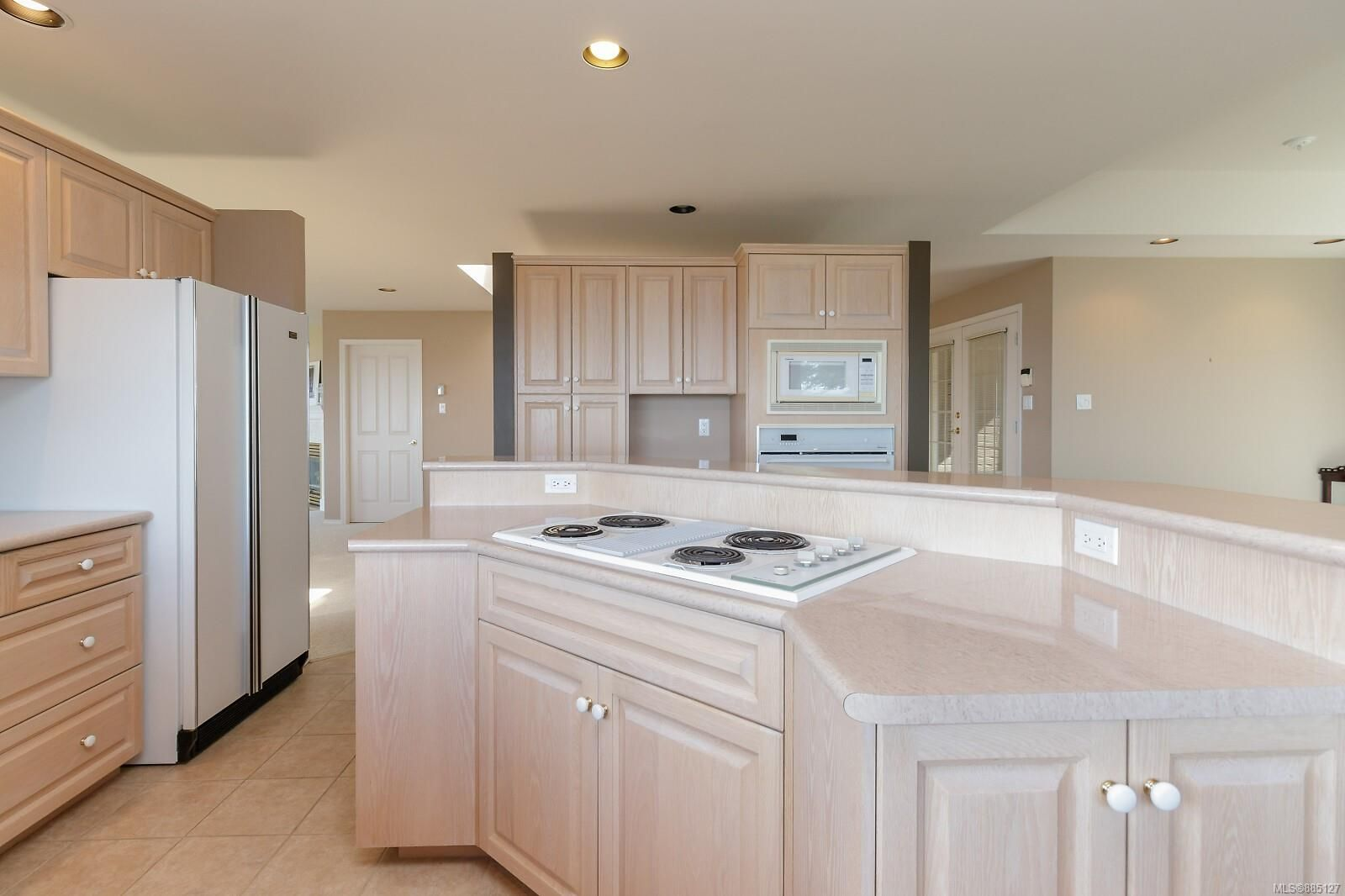 Photo 27: Photos: 26 529 Johnstone Rd in : PQ French Creek Row/Townhouse for sale (Parksville/Qualicum)  : MLS®# 885127