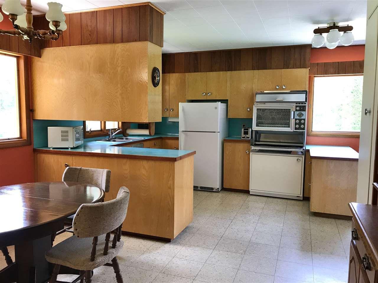 Photo 12: Photos: 944 MACKENZIE Highway in Bella Coola: Bella Coola/Hagensborg House for sale (Williams Lake (Zone 27))  : MLS®# R2482254