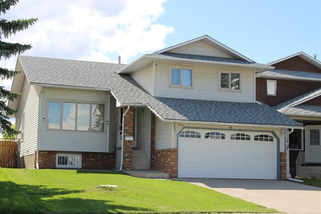 Main Photo: 2712 Catalina Boulevard NE in Calgary: Monterey Park Detached for sale : MLS®# A1099415