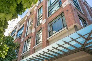 """Photo 13: 307 988 RICHARDS Street in Vancouver: Yaletown Condo for sale in """"TRIBECA"""" (Vancouver West)  : MLS®# R2202048"""