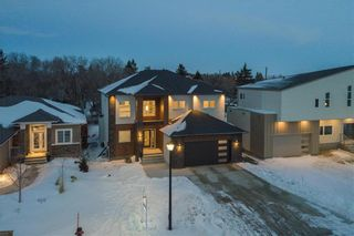 Photo 33: 445 Scotswood Drive South in Winnipeg: Charleswood Residential for sale (1G)  : MLS®# 202004764