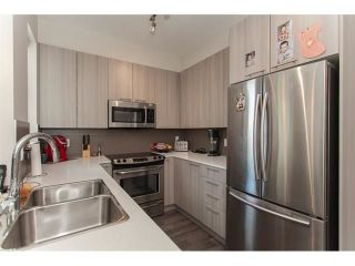 """Photo 9: 113 19433 68 Avenue in Surrey: Clayton Townhouse for sale in """"The Grove"""" (Cloverdale)  : MLS®# R2303599"""