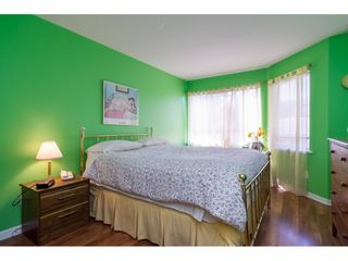 Photo 14: 203 20240 54A AVENUE in Langley: Langley City Condo for sale : MLS®# R2194442