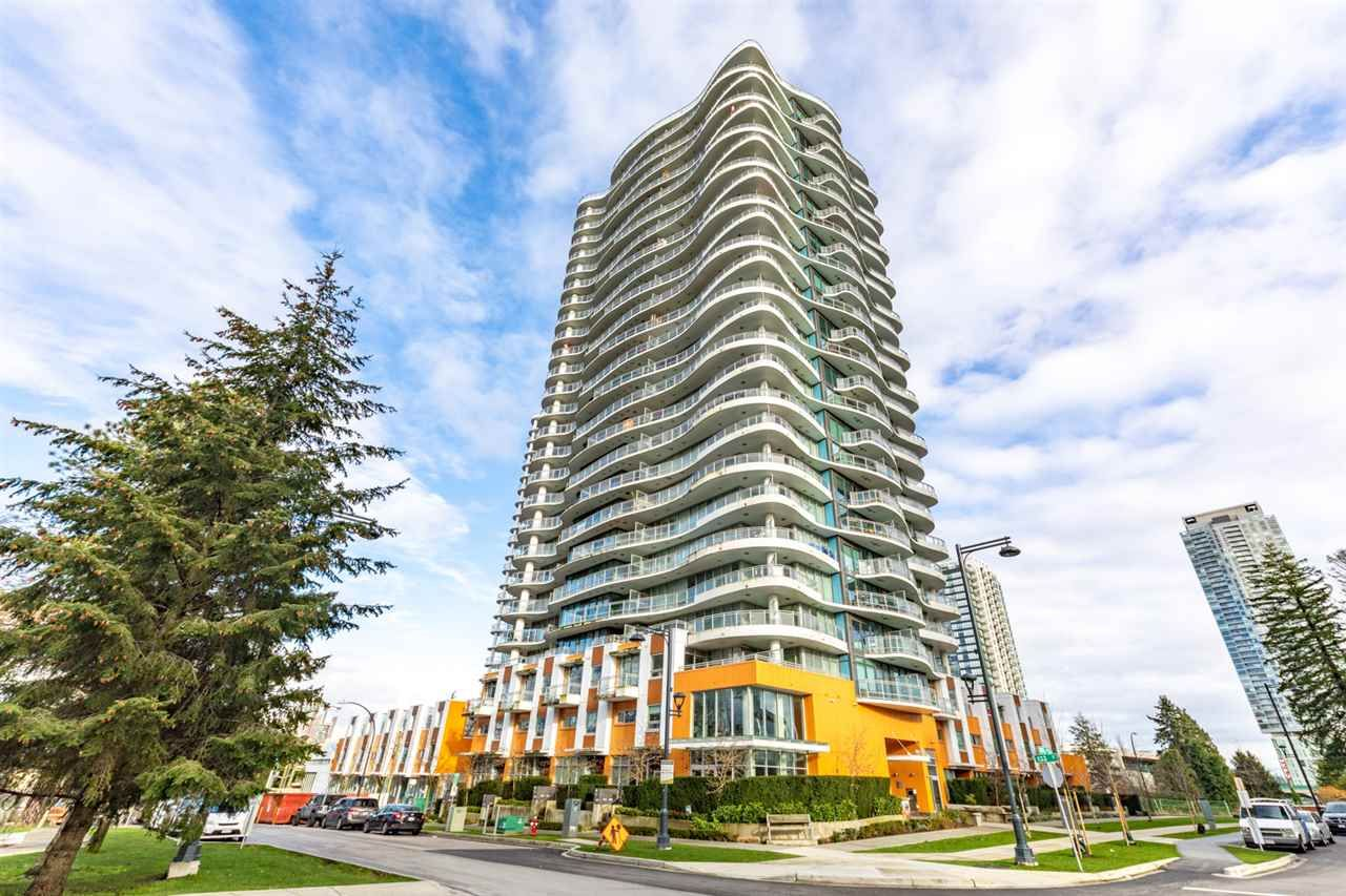 """Main Photo: 2102 13303 CENTRAL Avenue in Surrey: Whalley Condo for sale in """"THE WAVE"""" (North Surrey)  : MLS®# R2560400"""