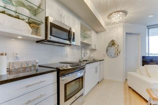 Photo 6: 507 575 DELESTRE Avenue in Coquitlam: Coquitlam West Condo for sale : MLS®# R2504581
