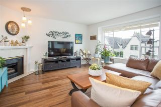 """Photo 2: 3 900 TOBRUCK Avenue in North Vancouver: Mosquito Creek Townhouse for sale in """"Heywood Lane"""" : MLS®# R2589572"""