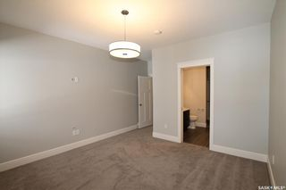 Photo 10: 555 6th Avenue Southeast in Swift Current: South East SC Residential for sale : MLS®# SK852012
