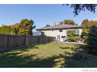 Photo 20: 1609 Chandler Ave in VICTORIA: Vi Fairfield East Half Duplex for sale (Victoria)  : MLS®# 744079