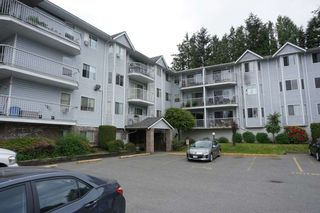 """Photo 1: 105 2750 FULLER Street in Abbotsford: Central Abbotsford Condo for sale in """"Valley View Terrace"""" : MLS®# R2277447"""