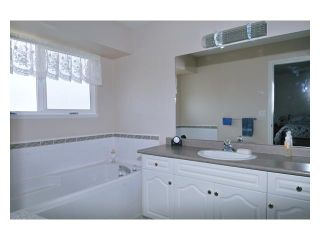 """Photo 7: 23943 115TH Avenue in Maple Ridge: Cottonwood MR House for sale in """"TWIN BROOKS"""" : MLS®# V822106"""