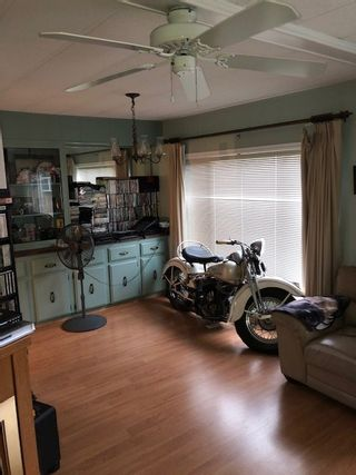 Photo 2: 25 1640 162 Street in Surrey: King George Corridor Manufactured Home for sale (South Surrey White Rock)  : MLS®# R2502160