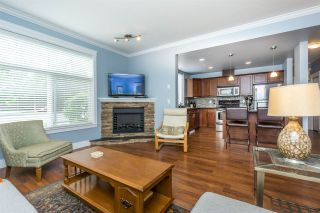 """Photo 9: 110 33338 MAYFAIR Avenue in Abbotsford: Central Abbotsford Condo for sale in """"The Sterling"""" : MLS®# R2172871"""