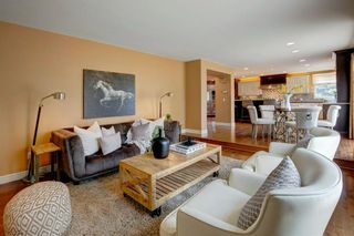 Photo 8: 131 Strathbury Bay SW in Calgary: Strathcona Park Detached for sale : MLS®# A1130947