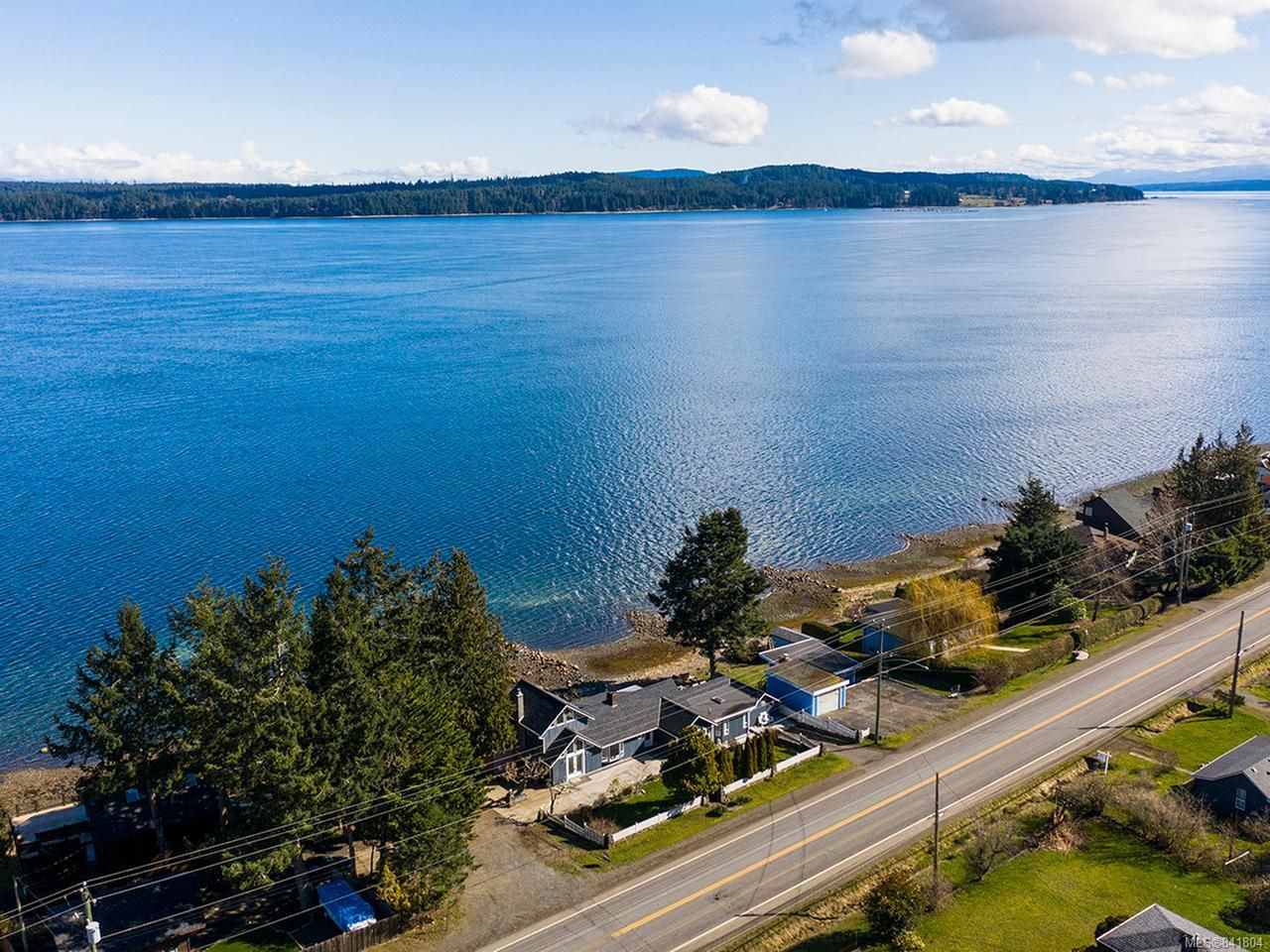 Main Photo: 5668 S Island Hwy in UNION BAY: CV Union Bay/Fanny Bay House for sale (Comox Valley)  : MLS®# 841804