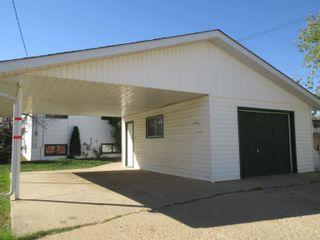 Photo 2: 809 2 Street: Thorhild House for sale : MLS®# E4262355