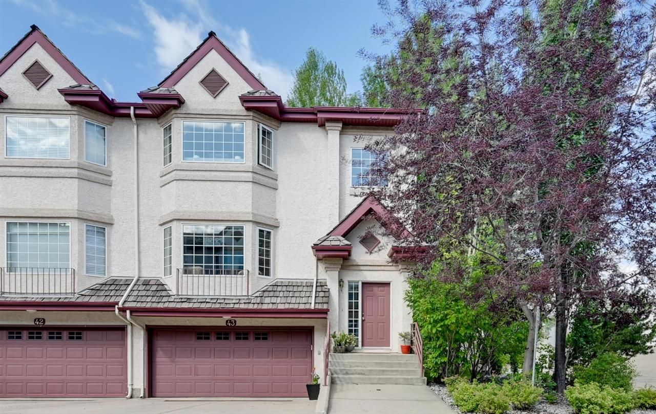 Main Photo: 43 1237 Carter Crest Road in Edmonton: House for sale