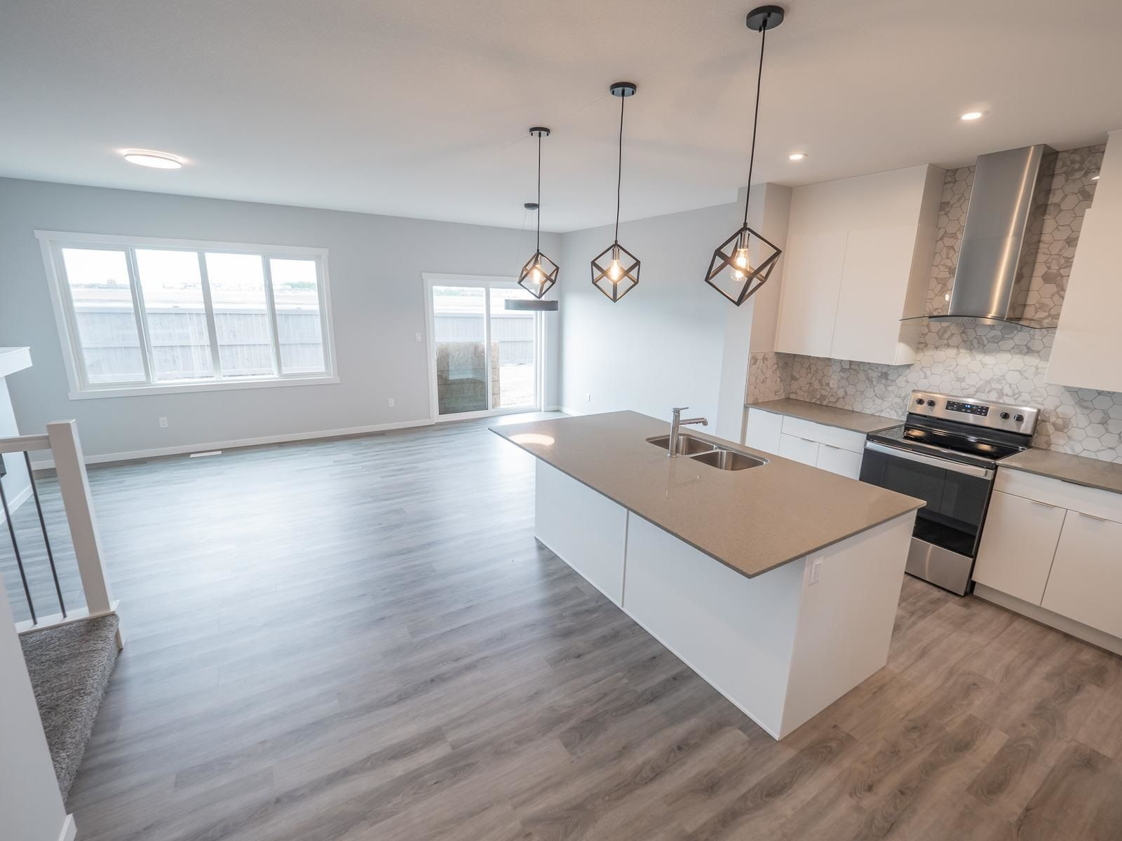 Main Photo: 20027 26 Avenue in Edmonton: Zone 57 House for sale : MLS®# E4262772