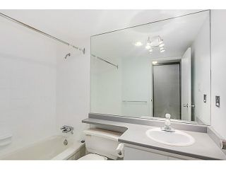 "Photo 12: 204 570 E 8TH Avenue in Vancouver: Mount Pleasant VE Condo for sale in ""THE CAROLINAS"" (Vancouver East)  : MLS®# V1105079"