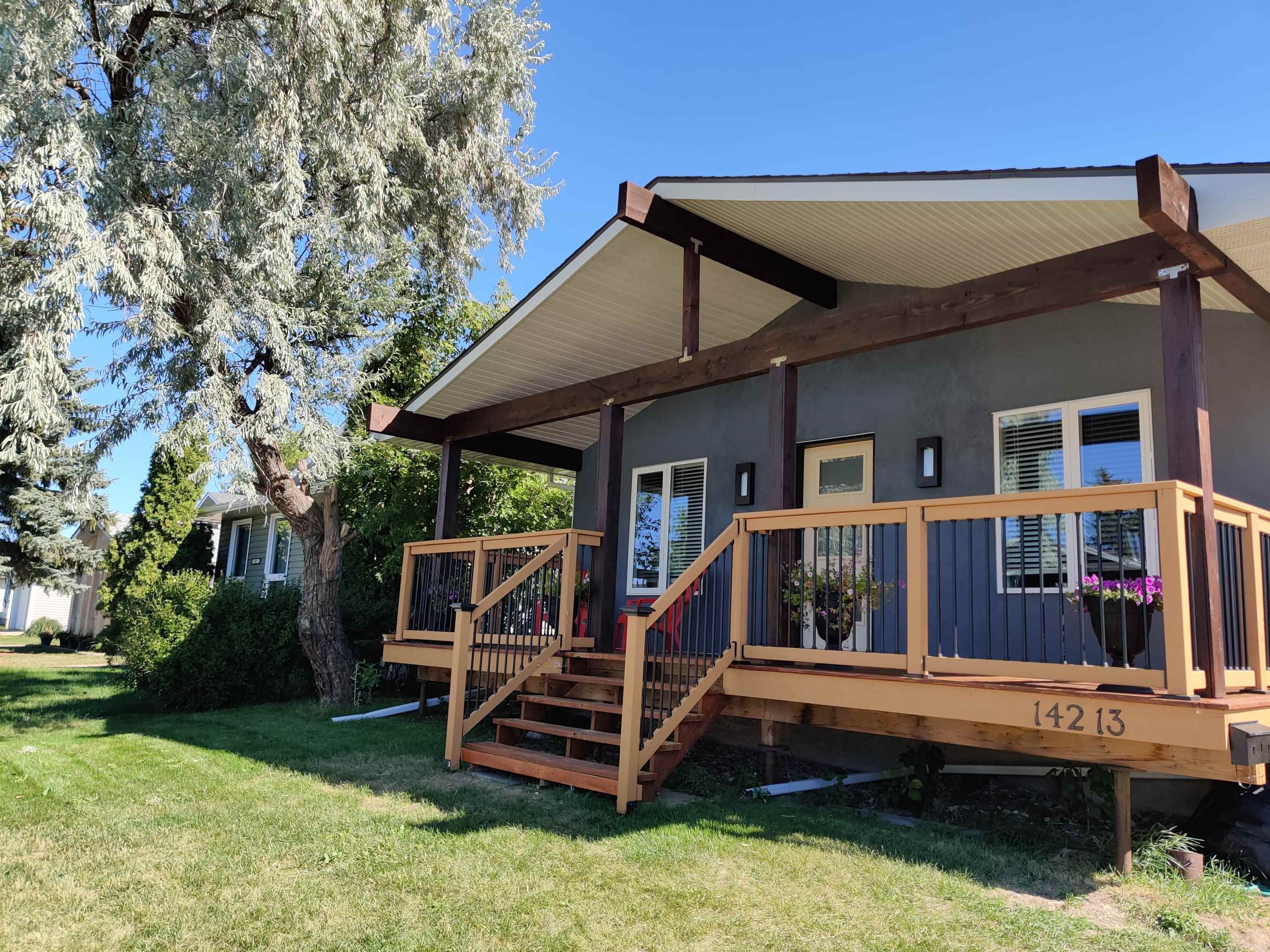 Main Photo: 14213 24A Street in Edmonton: Zone 35 House for sale : MLS®# E4262019