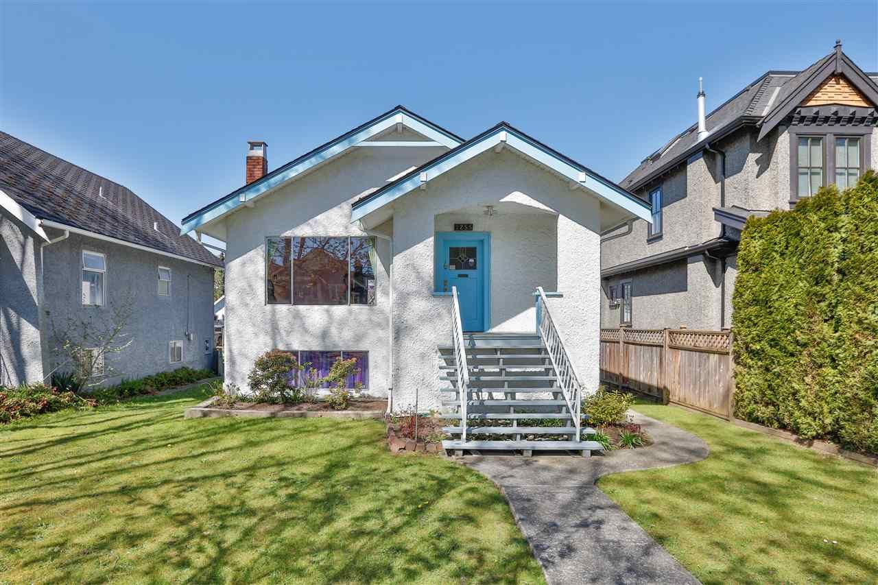 Main Photo: 3255 W 13TH Avenue in Vancouver: Kitsilano House for sale (Vancouver West)  : MLS®# R2567851