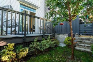 """Photo 14: 37 8438 207A Street in Langley: Willoughby Heights Townhouse for sale in """"YORK By Mosaic"""" : MLS®# R2211838"""