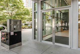 """Photo 14: 701 668 CITADEL PARADE in Vancouver: Downtown VW Condo for sale in """"SPECTRUM 2"""" (Vancouver West)  : MLS®# R2189163"""