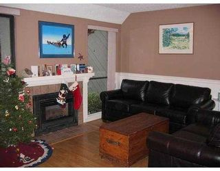 """Photo 3: 14 225 W 14TH ST in North Vancouver: Central Lonsdale Townhouse for sale in """"CARLTON COURT"""" : MLS®# V569406"""