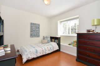 Photo 14: 528 E 44TH AVENUE in Vancouver: Fraser VE 1/2 Duplex for sale (Vancouver East)  : MLS®# R2267554