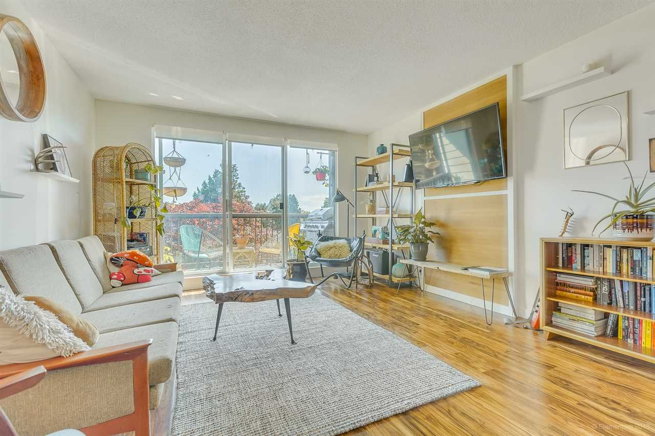 """Main Photo: 109 340 W 3RD Street in North Vancouver: Lower Lonsdale Condo for sale in """"MCKINNON HOUSE"""" : MLS®# R2550122"""