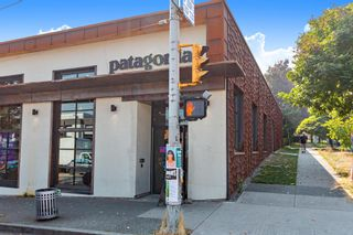 """Photo 21: 311 1988 MAPLE Street in Vancouver: Kitsilano Condo for sale in """"THE MAPLES"""" (Vancouver West)  : MLS®# R2497159"""