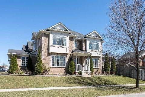 Photo 9: Photos: 19 Duggan Avenue in Whitby: Brooklin House (2-Storey) for sale : MLS®# E2889335