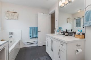 """Photo 12: 323 E 7TH Avenue in Vancouver: Mount Pleasant VE Townhouse for sale in """"ESSENCE"""" (Vancouver East)  : MLS®# R2614906"""