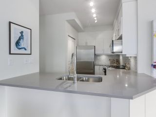 """Photo 11: 302 5605 HAMPTON Place in Vancouver: University VW Condo for sale in """"The Pemberley"""" (Vancouver West)  : MLS®# R2263786"""