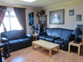 Photo 2: 23 Marquis Crescent in WINNIPEG: Maples / Tyndall Park Residential for sale (North West Winnipeg)  : MLS®# 1426156
