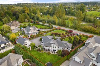 """Photo 5: 23107 80 Avenue in Langley: Fort Langley House for sale in """"Forest Knolls"""" : MLS®# R2623785"""