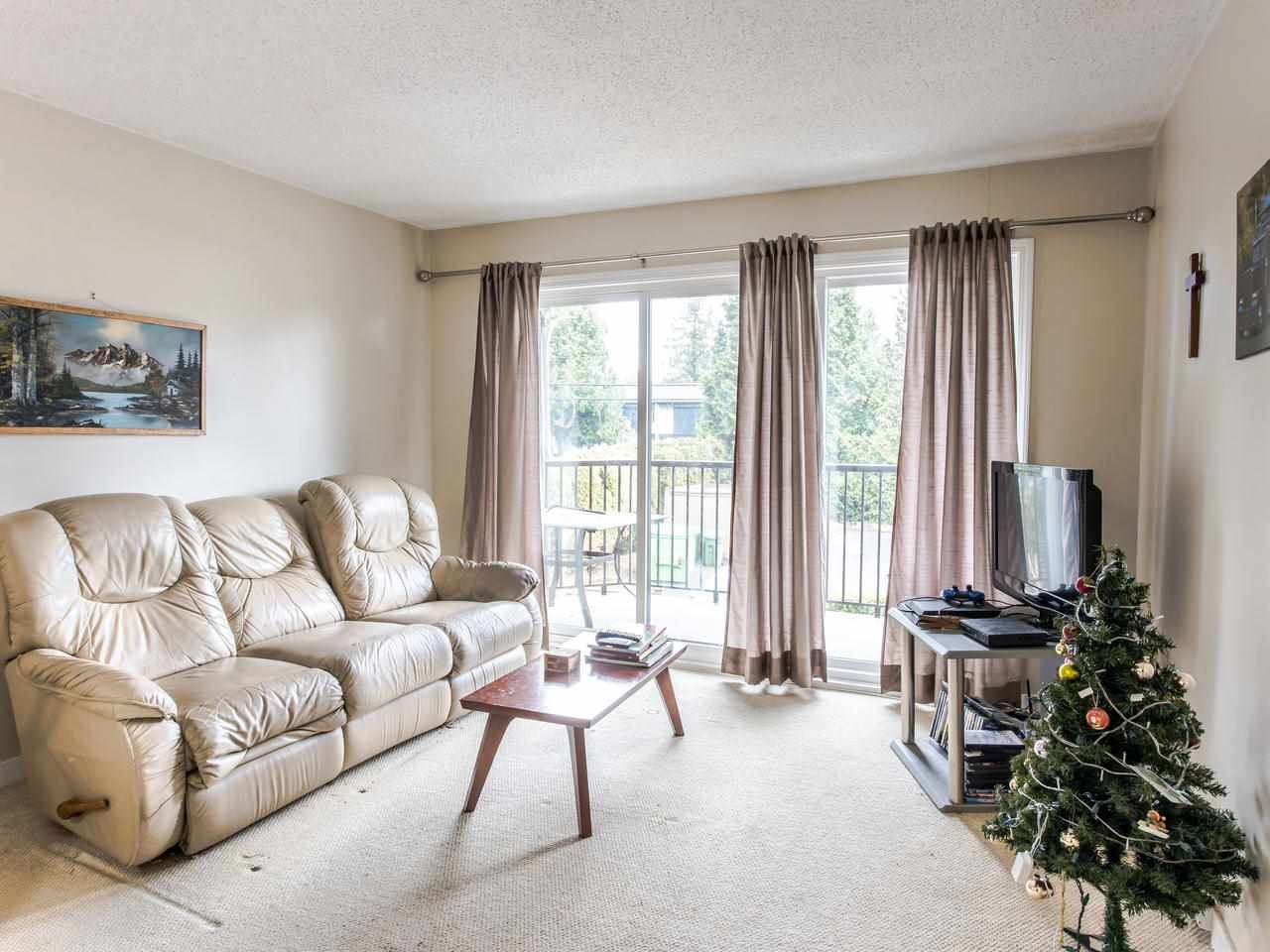 """Main Photo: 206 5191 203 Street in Langley: Langley City Townhouse for sale in """"Longlea"""" : MLS®# R2422119"""