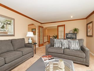 Photo 5: 1136 Lucille Dr in Central Saanich: CS Brentwood Bay House for sale : MLS®# 838973